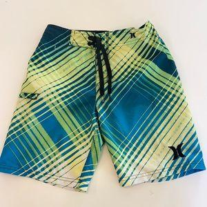 Hurley boys shorts size 10